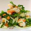 Салат с креветками и проростками