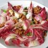 Салат с грецкими орехами и эндивием