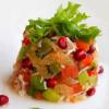 Фруктовый салат с креветками и сельдереем