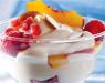 Десерт с персиком и малиной