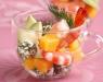 Салат с манго, креветками и сыром