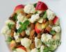 Салат с цветной капустой и яблоками
